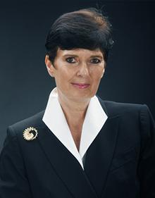 Dr. Daria Daniels Skodnik